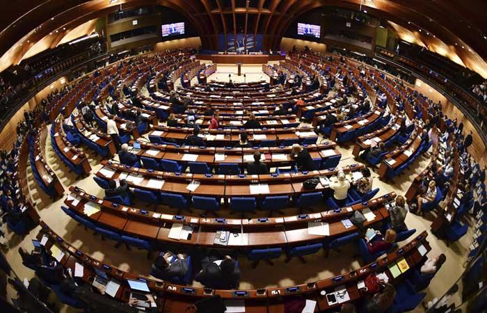 Комитет ПАСЕ рекомендовал подтвердить полномочия делегации РФ в полном объеме