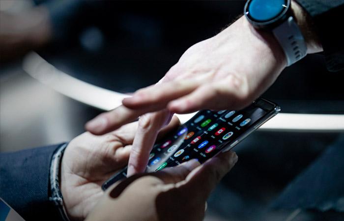 Приложения для электронных книг будут предустановлены на гаджеты в РФ