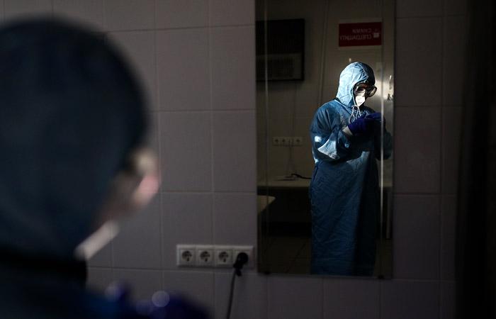 В Москве из-за двойного запаса COVID-коек часть клиник вернут к обычной работе