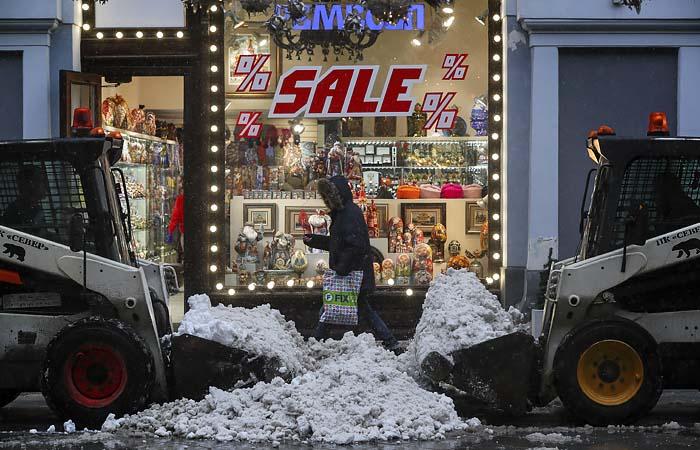 Розничная торговля в России в декабре упала на 3,6%