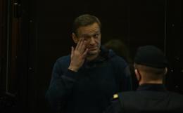 Навального этапируют в колонию в Центральном федеральном округе РФ