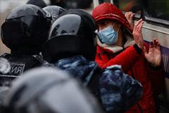 Росгвардия сообщила о 1,5 тыс. задержанных 23 и 31 января в Москве