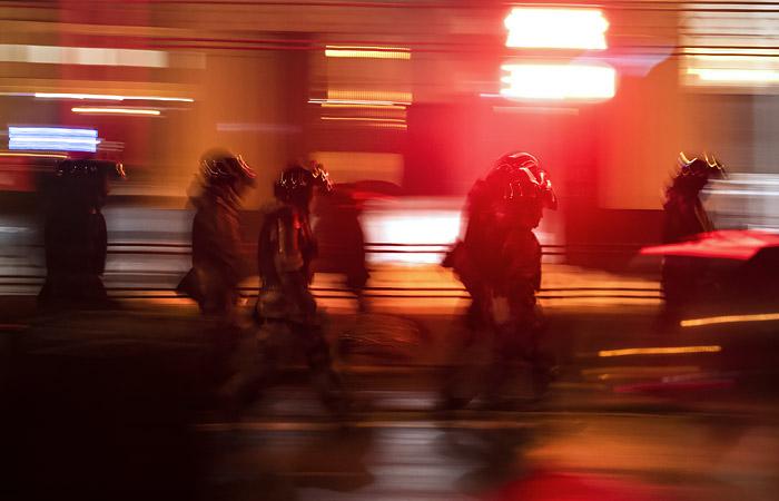 Полиция задержала подозреваемого в поджоге машины Росгвардии в Москве