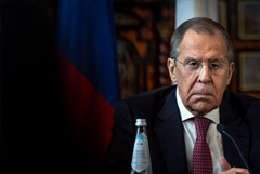 """Лавров отметил, что на Западе из-за Навального """"зашкаливает истерика"""""""