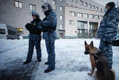 В суде усилили меры безопасности перед заседанием по делу Навального о клевете