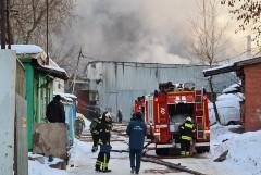 На московском складе произошел пожар на площади 1 тыс. кв. метров