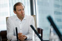 Денис Мантуров: Тиражировать практику госрегулирования цен мы точно не собираемся