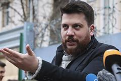 Суд заочно арестовал соратника Навального Волкова