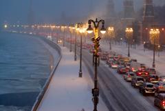 Москвичей предупредили о пробках в 7-8 баллов вечером в понедельник