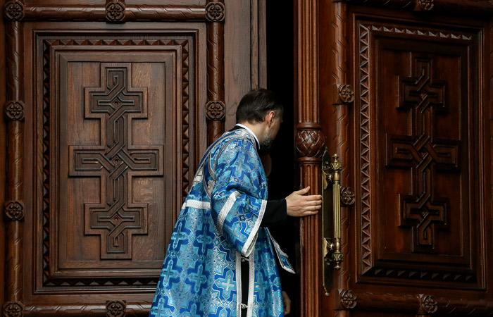 Московским священникам потребовалась материальная помощь патриархии