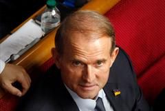 Зеленский ввел санкции против Медведчука