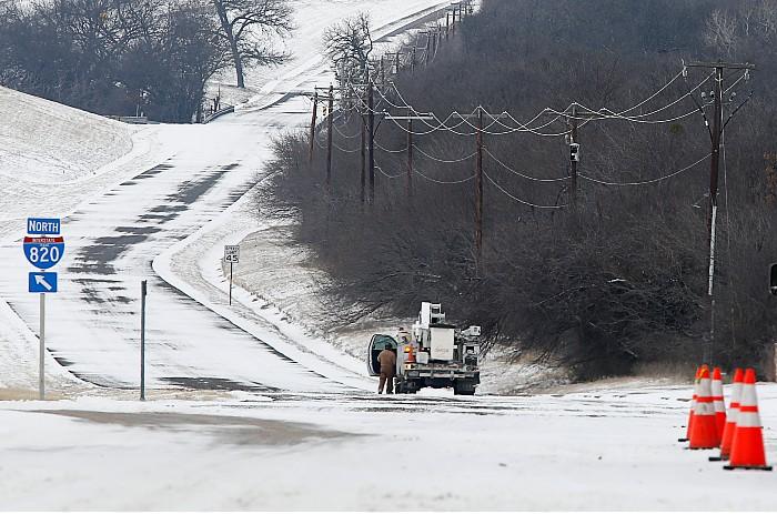 После гибели ребенка из-за заморозков в Техасе подан иск на $100 млн