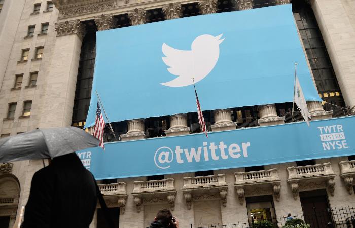 Twitter заблокировал 100 аккаунтов, предположительно, связанных с Россией