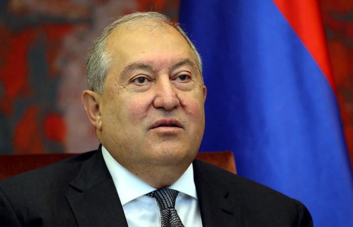 Ереван призвал не вовлекать президента Армении во внутриполитические процессы