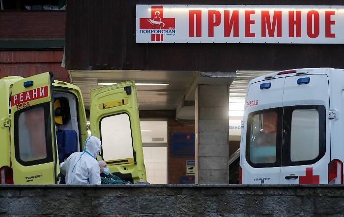 В России за сутки выявлено 11,5 тыс. новых заболевших коронавирусом