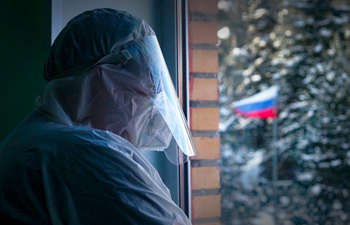 В РФ отмечена самая низкая смертность от COVID за сутки с ноября