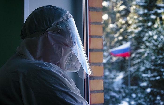 В РФ зарегистрировали минимальный прирост случаев COVID-19 с октября