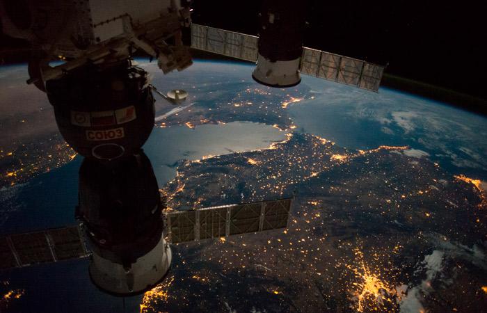 """В РКК """"Энергия"""" заявили, что срок работы МКС продлят до 2028 года"""