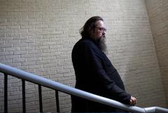 Церковный суд не стал отменять лишение сана протодиакона Кураева