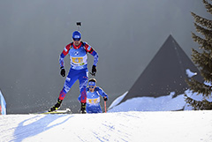 Россия завоевала серебро в мужской эстафете на этапе КМ по биатлону