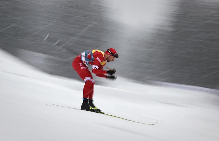 Российские лыжники завоевали серебро в эстафете на ЧМ