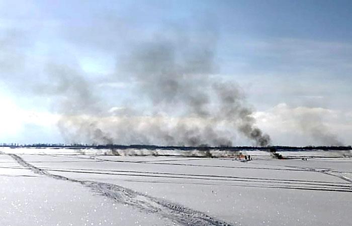 В ХМАО ликвидировали возгорание на продуктопроводе