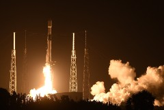 Многоразовая ступень Falcon 9 в 9-й раз успешно приземлилась на платформу