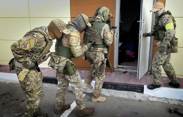 Задержанный в Адыгее планировал взрыв в торговом центре