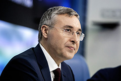 Министр Фальков пообещал исполнять закон о просветительстве в интересах исследователей