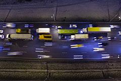 Вступление в силу ограничения на въезд транзитных грузовиков на МКАД отложили до мая