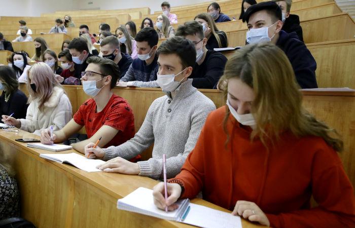 Части иностранных студентов разрешили вернуться на учебу в Россию