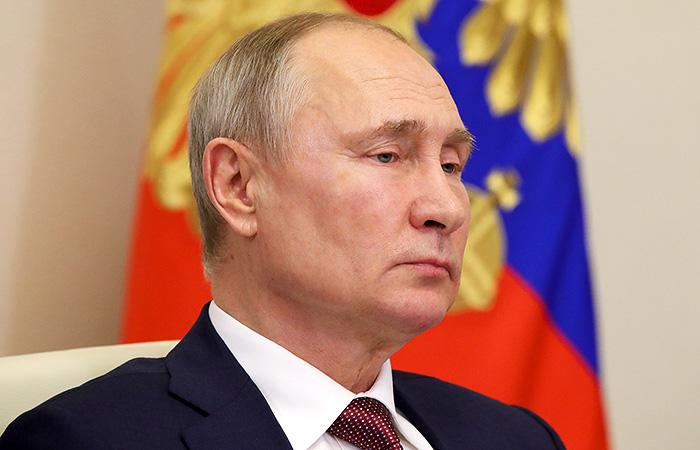 Владимир Путин во вторник сделает прививку от коронавируса