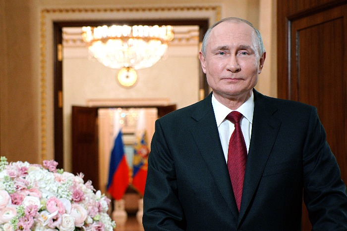 Путин сделал прививку от COVID-19