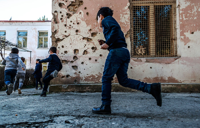 В Армении отменили действовавший с сентября режим военного положения