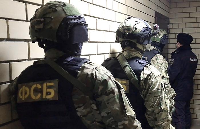 ФСБ задержала в Сочи лицеиста, готовившего нападение на одноклассников
