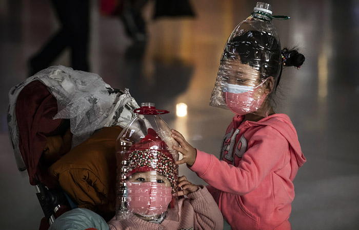 Эксперт заявил, что мир прошел пик пандемии коронавируса