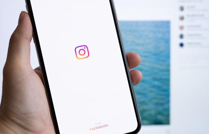 Пользователи жалуются на сбои в работе соцсети Instagram