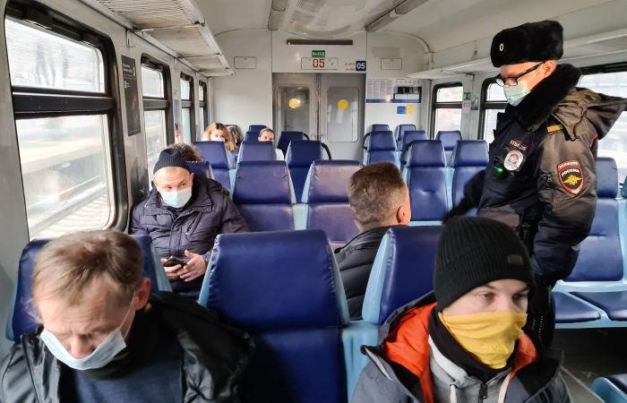 Более 119 тыс. нарушений масочного режима выявлено в московском транспорте