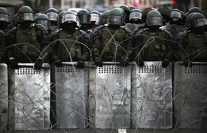 В Белоруссии милиция задержала более 100 человек