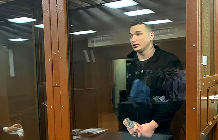 Суд назначил блогеру запрет определенных действий по делу о ДТП в Москве