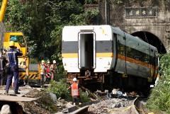 Суд на Тайване не стал арестовывать возможного виновника крушения поезда