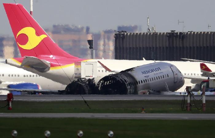 Адвокат попросил проверить работу спасателей и диспетчеров при пожаре на SSJ100