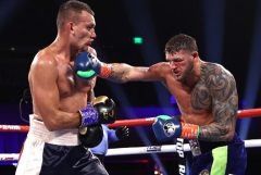 Власов проиграл Смиту бой за чемпионский пояс WBO