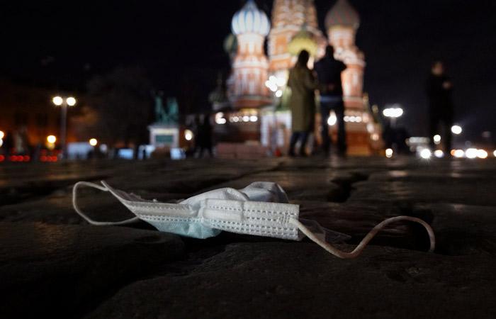 В России за сутки отмечена минимальная смертность от COVID с октября