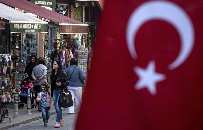 В АТОР объяснили, как поменять или вернуть авиабилеты в Турцию