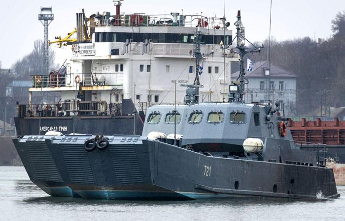 Киев сообщил о стягивании 110 тыс. военных РФ к границам Украины
