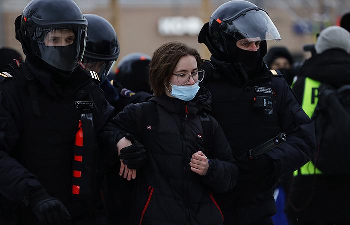МВД предостерегло от участия в незаконных акциях 21 апреля