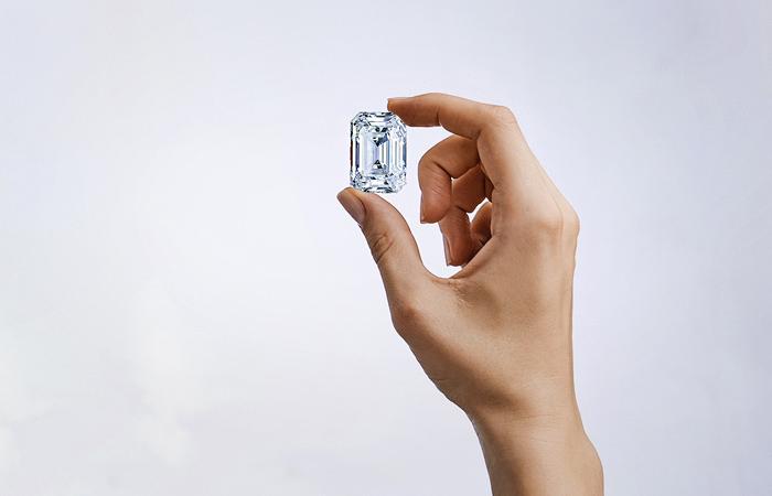 АЛРОСА выставит на аукцион Christie's бриллиант массой свыше 100 карат