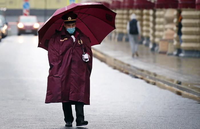 В ближайшие сутки в Москве выпадет до половины месячной нормы осадков