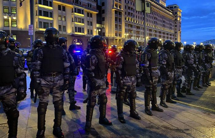 Полиция насчитала шесть тысяч человек на несанкционированной акции в Москве